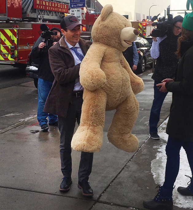 Minneapolis Mayor Jacob Frey drops off a Teddy Bear with Firefighters for Healing